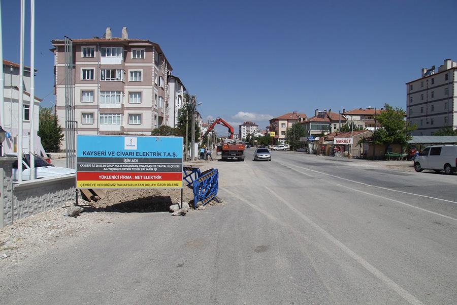 Bünyan Fatih Mahallesi'nde Havai Elektrik Hatları Yenilenerek Yer Altına Alınıyor