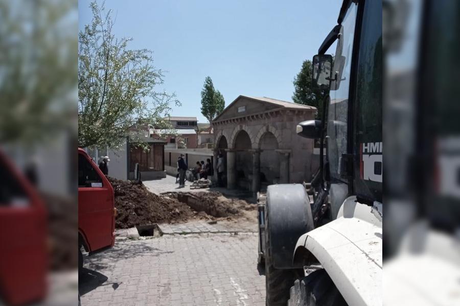 Fen İşleri Müdürlüğümüz Güllüce Mahallemizde Yaşanılan Su Mağduriyetini Giderdi